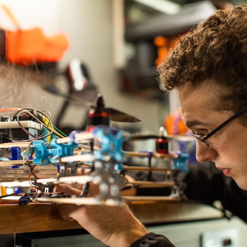 Entrepreneurs Northwest Arkansas. Robot. Canon Reeves