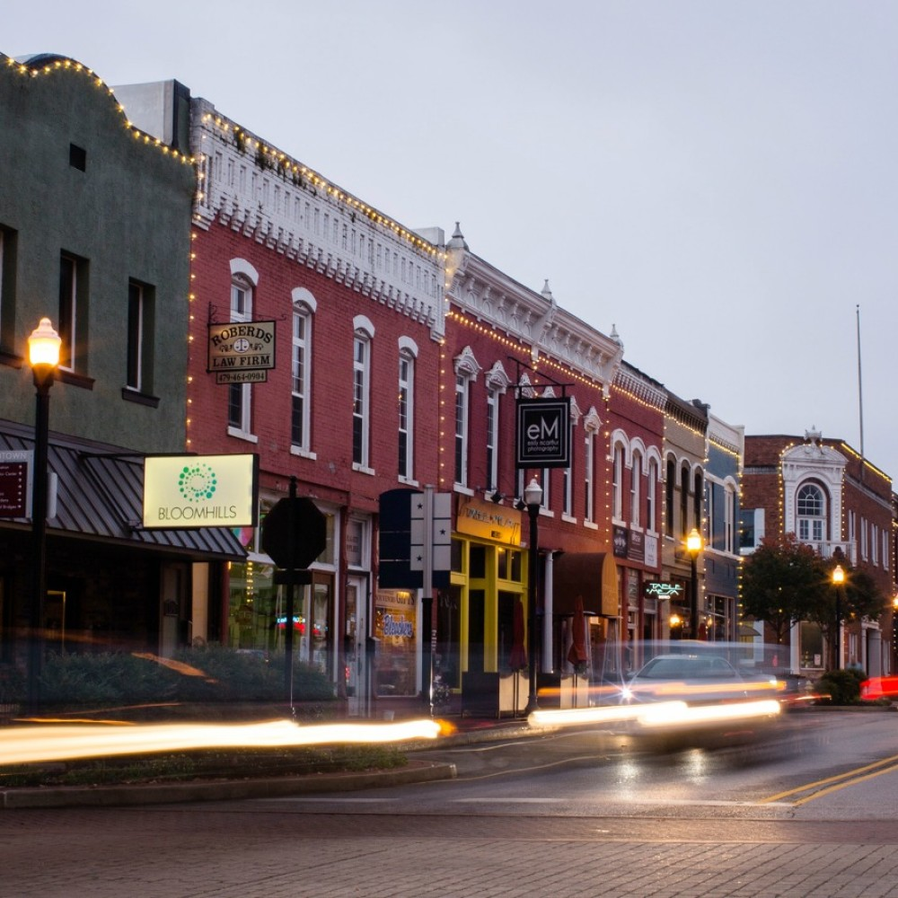Downtown Bentonville evening