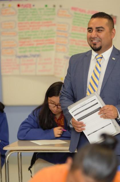 Hispanic Education Leaders. Joan Alvarez IDEA 5