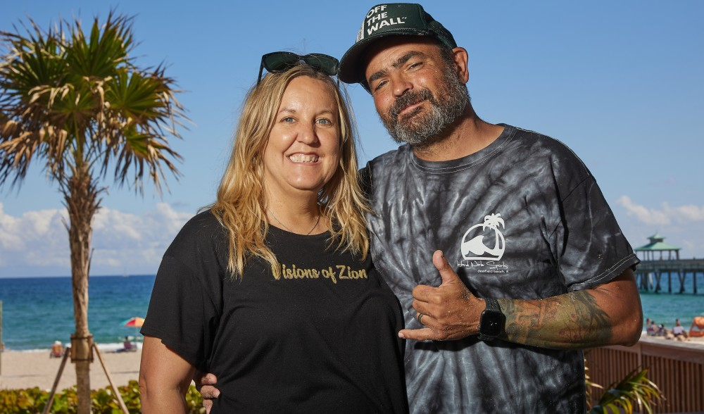 Toni and Uli. Surf, Skate, Science